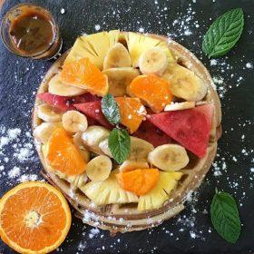 mafate cafe waffle fruit